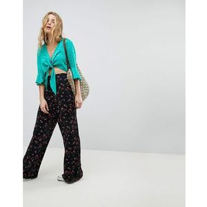 wide leg trousers in floral print - black, Glamorous